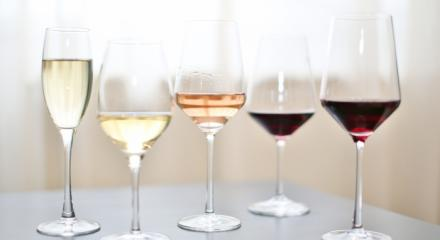 Choosing the right wine glass, or how to enjoy your wine at home